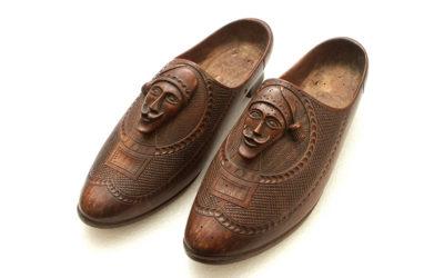 Sabots sculptés en forme de chaussure