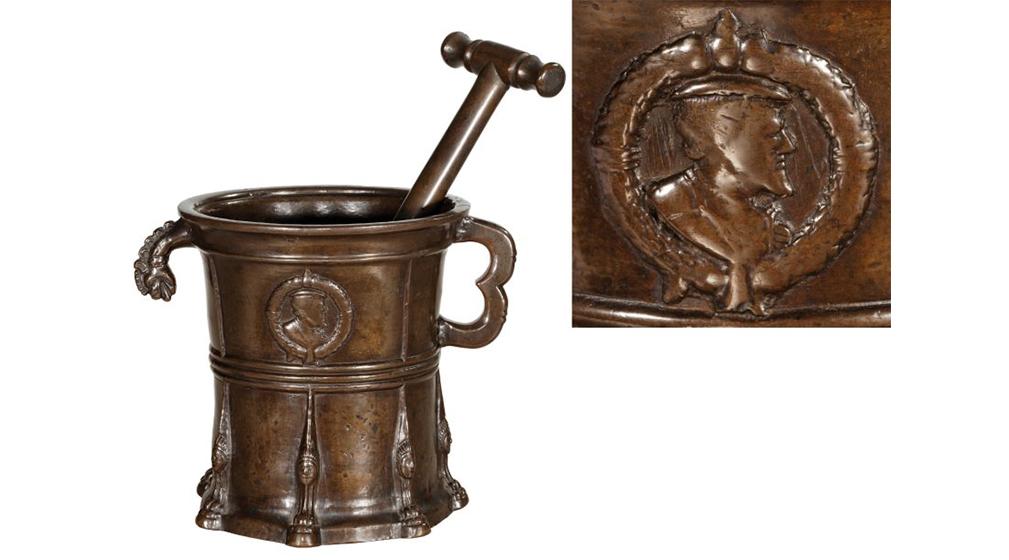 Mortier de Nüremberg au profil de Charles Quint
